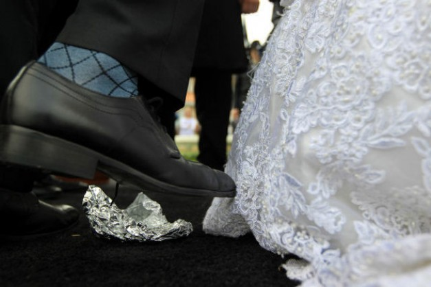 Columbia celebrates its first Chassidic wedding