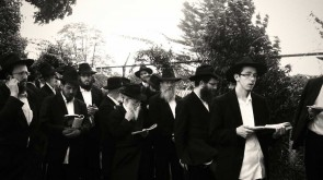 SHMAIS.COM EXCLUSIVE VIDEO: 3-HOUR-LONG LINES @ THE OHEL
