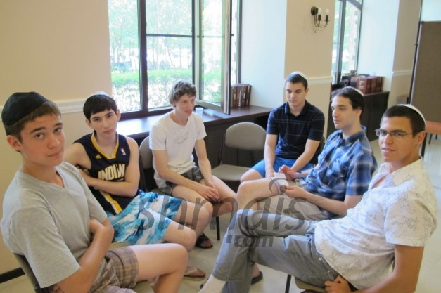 Youth Seminar awakens 'Jewish pride'