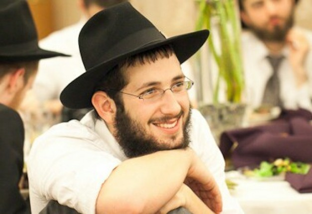 Meet the Lubavitcher Bochur who brought the Siyum HaShas Live into the homes of 1000's
