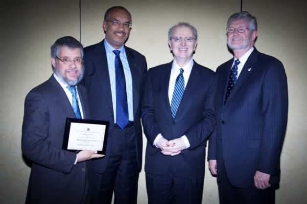 Lubavitcher Lawyer Receives Award from New York Bar