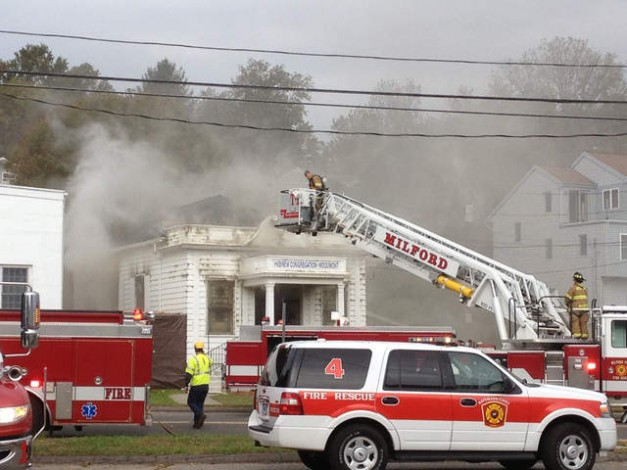 Milford rabbi vows to rebuild after devastating fire
