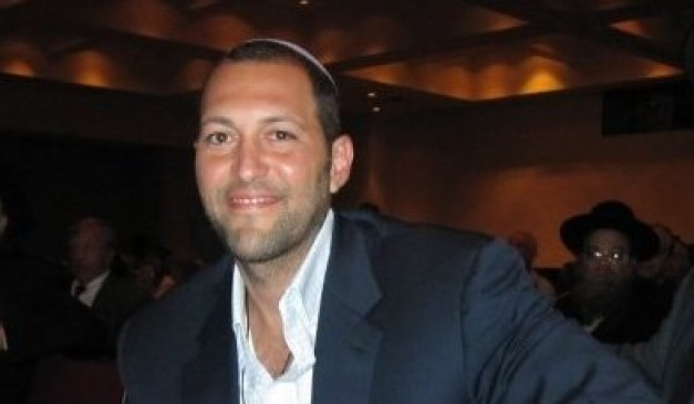 Missing Jewish Millionaire Guma Aguiar May Be Living in Netherlands