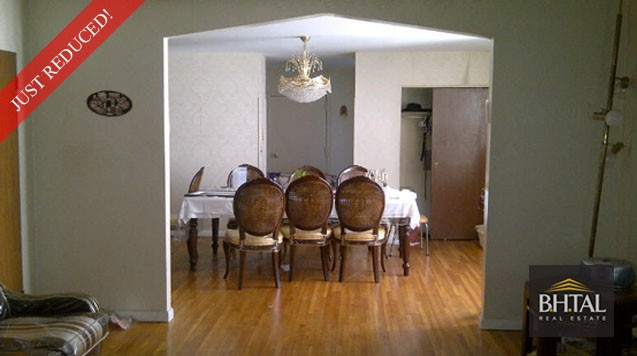 JUST REDUCED FOR A QUICK SALE! Duplex Condo on Carroll & Kingston