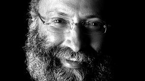SIMON LIVE:What Defines a Lubavitcher?