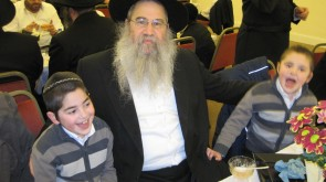 Lubavitcher out of hot water, for sake of Sholom!